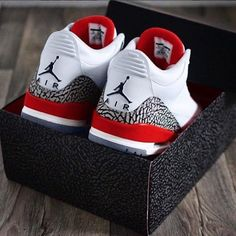 Confirmed: Air Jordan 3 Hall Of Fame (Katrina) Releasing In May Jordan Shoes Girls, Jordans Girls, Air Jordan Shoes, Air Jordans, Retro Jordans, Air Jordan Retro, Sneakers Mode, Sneakers Fashion, Shoes Sneakers