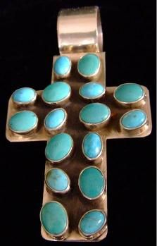 TURQUOISE JEWELRY | NATIVE AMERICAN TURQUOISE JEWELRY | TURQUOISE...I bought a pendant almost exactly like this at Monument Valley