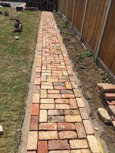Backyard Walkway, Backyard Patio Designs, Outdoor Landscaping, Outdoor Gardens, Brick Pathway, Brick Garden, Garden Paths, Brick Fence, Small Garden Landscape