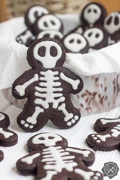 Szkieletowe słodycze z Harrego Pottera / Skeletal sweets from Harry Potter tutaj: https://miodowekrolestwo.wordpress.com/2017/10/09/szkieletowe-slodycze-skeletal-sweets/