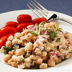 White Bean Tuna Salad - This delicious salad is packed with and protein - Anti Inflammatory Diet Recipes Seafood Recipes, Diet Recipes, Salad Recipes, Cooking Recipes, Healthy Recipes, Tuna Recipes, Easy Recipes, Amazing Recipes, Comidas Paleo