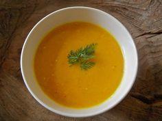 Lekkere,gezonde, calorie-arme wortelsoep! Lekker en snel, geen geitenkaas of crème fraiche nodig Gember geeft het een extra dus doen