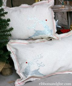 Inexpensive Christmas Pillows made out of Drop Cloth and heat transfer vinyl cut with Silhouette Vinyl Projects, Diy Craft Projects, Diy Crafts, Sewing Crafts, Sewing Projects, Craft Ideas, Floral Pillows, Diy Pillows, Throw Pillows