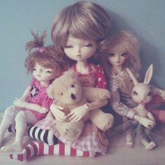 sweet friends and stuffies