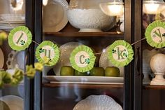 """How to make a """"Lucky"""" St. Patrick's Day Garland"""