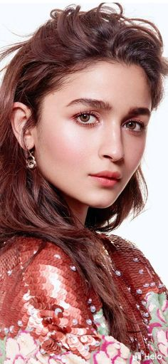 Bollywood Actress Alia bhatt 2019 Mobile Wallpaper for your Android , iPhone Wallpaper or iPad/Tablet Wallpapers in HD Quality. Best collection of mobile wallpaper without watermark for all mobile screens fit perfectly. Bollywood Girls, Bollywood Celebrities, Indian Celebrities, Bollywood Stars, Bollywood Fashion, Indian Bollywood, Beautiful Bollywood Actress, Most Beautiful Indian Actress, Beautiful Actresses