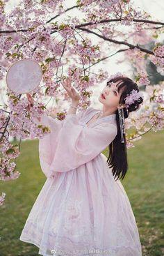 Yotsuba -Epiphyllum and Jellyfish- Qi Lolita OP Dress Version I,Lolita Dresses, Beautiful Chinese Girl, Cute Japanese Girl, Oriental Dress, Oriental Fashion, Korean Girl Photo, Japan Fashion, Hanfu, Lolita Dress, Lolita Fashion
