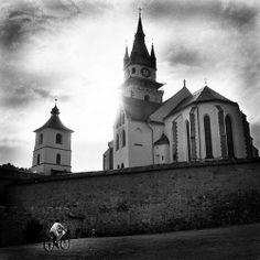 Slovakia, Kremnica, photo: Andrea Zerola Notre Dame, Barcelona Cathedral, Building, Places, Photography, Travel, Photograph, Viajes, Buildings
