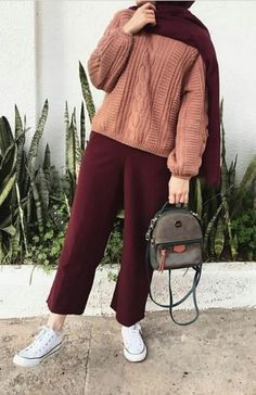 187 blazers hijab casual outfits – page 1 Modern Hijab Fashion, Street Hijab Fashion, Hijab Fashion Inspiration, Muslim Fashion, Fashion Fashion, Workwear Fashion, Fashion Shoes, Fashion Trends, Hijab Casual