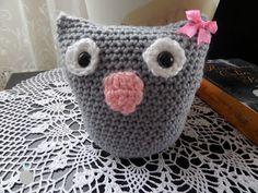 Lady with crochet: Szara sówka
