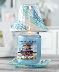 Enhance and bring to life any space with captivating candles, home & car air fresheners, gifts and more. Bougie Yankee Candle, Bougie Candle, Yankee Candles, Mason Jar Lamp, Candle Jars, Candle Holders, Candle Shades, Candle Accessories, Beach Holiday