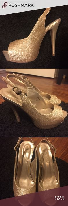 Gold Sparkle heels Size 7.5! (I normally wear a 7) Only worn once to Marine Corps ball. Purchased originally at Davids Bridal. David's Bridal Shoes Heels