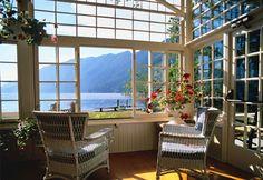 National Park Lodges: Lake Crescent Lodge, Olympic National Park, Washington