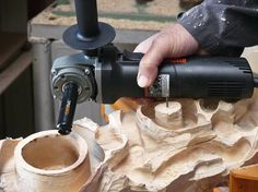 Arbortech is introducing the TURBOShaft to North America in mid October 2015 adding to their range of powercarving angle grinder attachments.   John has worked with and done a review of Arbortech's… Cool Tools, Diy Tools, Hand Tools, Wall Photos, Angle Grinder, Wood Carving Tools, Tool Bench, Garage Atelier, Wood Lathe