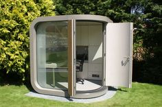 OfficePOD – Contemporary Home Office in Your Backyard Outdoor Office, Backyard Office, Backyard Studio, Garden Office, Shed Office, Office Pods, Tiny Office, Office Interior Design, Office Interiors