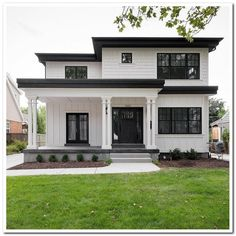 39 most popular dream house exterior design ideas 17 - . - - 39 most popular dream house exterior design ideas 17 Best Picture For co - Town Country Haus, Flat Roof House, House Ideas, Dream House Exterior, House Exteriors, Black Trim Exterior House, Black Windows Exterior, White Siding, House Facades