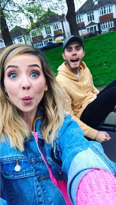 Ayla Clove and Conner West Poppy Deyes, Boy And Girl Best Friends, Zoella Hair, Just Video, Zoe Sugg, Ricky Dillon, Ace Family, Joey Graceffa, Jc Caylen
