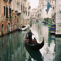 This is my destination for a romantic outing with a beautiful woman. Venezia