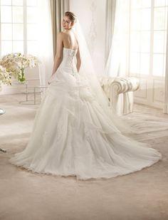 ARNA / Wedding Dresses / Glamour 2013 Collection / San Patrick (back)