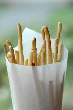 bread sticks <<---I would like a whole basket of these