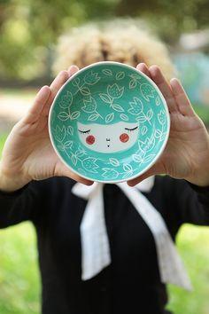 Tazón de cerámica con MarinskiHandmades POR verdes carácter