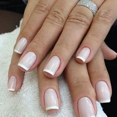 UV gel: the good tips for choosing it - My Nails Perfect Nails, Gorgeous Nails, Love Nails, Pretty Nails, My Nails, Natural Gel Nails, Classic Nails, Bride Nails, French Tip Nails
