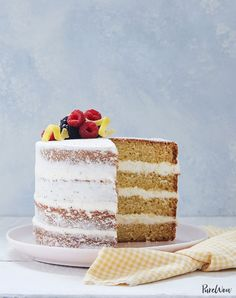 The naked cake trend is actually really easy to pull off. Try making this naked lemon-olive-oil layer cake for dessert and see for yourself. Dessert Games, Dessert Food, Dessert Recipes, Dinner Dessert, Diet Recipes, Recipies, Mothers Day Desserts, Easter Desserts, Layer Cake Recipes