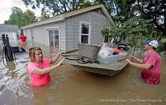 National media fiddle as Louisiana drowns===Major news outlets criticized for overlooking impact of the Flood of 2016.