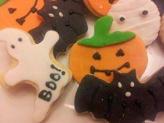 Galletas Halloween con Fondant. Fondant, Sugar, Cookies, Halloween, Desserts, Food, Sweet Treats, Postres, Cookie Recipes