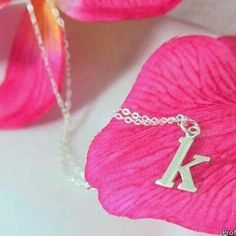 Love K, Monogram Jewelry, Jolie Photo, Pretty Wallpapers, Love Wallpaper, Love Messages, Favorite Person, Congratulations, Initials