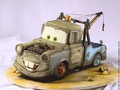 Cars cake design. Pretty cool for a kids birthday!