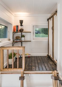 This is the Escher Tiny House on Wheels by New Frontier Tiny Homes. This house was designed and built to suit a couple with a baby (full time). It's an incredible custom tiny house built on a… Tiny House Luxury, Tiny House Swoon, Tiny House Living, Tiny House On Wheels, Tiny House Design, Tiny House Movement, Alpha Tiny House, Building A Tiny House, Luxury Restaurant