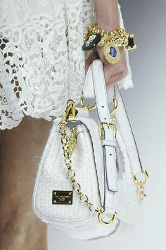 Dolce and Gabbana Cute Handbags, Hermes Handbags, Fashion Handbags, Purses And Handbags, Beautiful Handbags, Dolce & Gabbana, Handbag Accessories, Fashion Accessories, Custom Purses