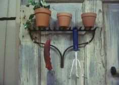 Garden shelf idea, using old rake.