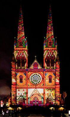 St Mary's Cathedral, Vivid Festival, Sydney Australia ❤ www.pinterest.com/WhoLoves/Sydney ❤ #Sydney #vivid