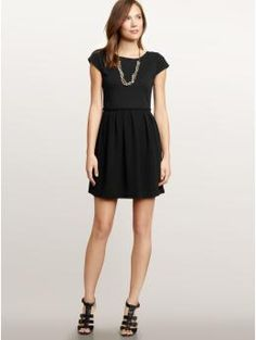 I wish this came in another color. I am trying to get away from an all black wardrobe! But love.