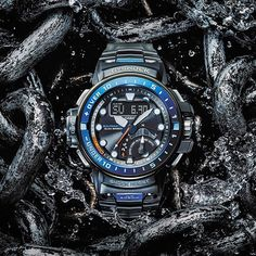 Accept the unexpected with the updated Gulfmaster, introduced at Baselworld 2016.