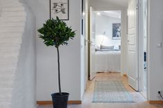 Scandinavian Apartment on Hvitfeldtsgatan with Chic Interior #interiordesign #staircasedesign #bathroom #diningtable find out more pictures here: http://reizco.com/luminous-scandinavian-apartment-on-hvitfeldtsgatan-with-chic-interior/