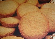 Galletitas de avena y miel Cookies Receta, Sugar Free Breakfast, Family Recipe Book, Honey Cookies, Filipino Desserts, Pan Dulce, Sin Gluten, Easy Cooking, Finger Foods