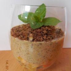 Kávový dezert z perel tapioca