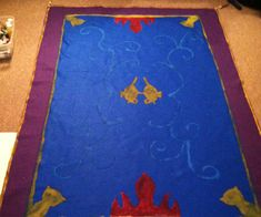 I made Aladdin's Magic Carpet for the 4 year olds in my class. I hope you enjoy it as much as they did! Aladdin Birthday Party, Aladdin Party, Diy Costumes, Halloween Costumes, Aladdin Magic Carpet, Princess Jasmine Costume, Jasmine Party, Carpet Squares, Diy Carpet
