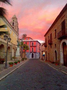 Bellissimo tramonto di Salerno. Campania Pic by Giovanni Pizza