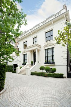 Prime Property of the Week: Addison Road, Holland Park OIEO GBP 30,000,000 STC Aylesford International/Beauchamp Estates