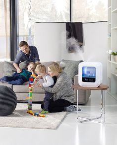 Boneco U700 Ultrazvukový zvlhčovač vzduchu. Celosvetová inovácia s integrovanou funkciou čistenia vzduchu, displejom s dotykovým ovládaním, príslušenstvom pre zdravý vzduch, príjemným osvetlením a možnosťou aromaterapie. http://www.pharmshop.sk/boneco-u700-ultrazvukovy-zvlhcovac-vzduchu.html