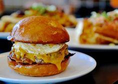 Breakfast Cheese Burger2