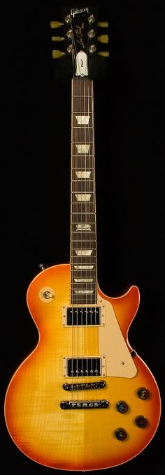 Gibson Custom Shop Historic Wildwood Spec 1959 Les Paul Murphy… I'll take 2 Guitar Shop, Music Guitar, Guitar Picks, Cool Guitar, Acoustic Guitar, Guitar Art, Gibson Les Paul, Gibson Custom Shop, Cool Electric Guitars