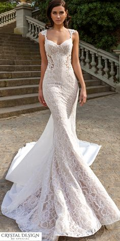 Serious dress #goals here with @crystaldesignn who nails the details in every design!