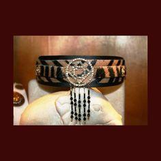 http://barcelonadogs.com/59-188-thickbox/belle-sauvage-dog-collar.jpg