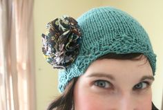 Knit caps for chemo patients! Tips on how to select the right pattern, sizing, embellishing, wrapping and more for making chemo caps!