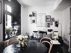 Branco com preto é sempre uma boa, a combinação é perfeita para inserir elementos gráficos em quadros e estampas para uma pegada mais urbana.